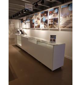 Moderne toonbank showroommodel 470 cm breed
