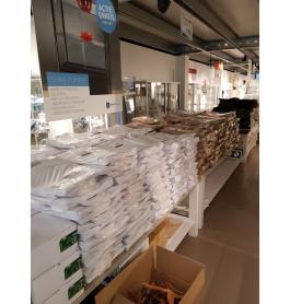 100 pakken met tassen wit (50 in pak)