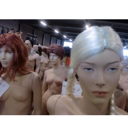 Damesfiguren realistisch van exclusief A-merk nwpr was 780 euro