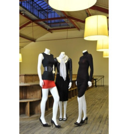 10 x headless etalagefiguren van merk gruppo corso