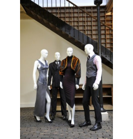 4 x abstracte gruppo corso mannequins